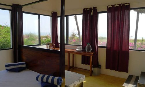 180 Degrees Sea view Double Room - Tanto Far Beach Retreat