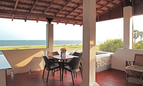 Sea View Cottage for 5 Guests - Tanto Far Beach Retreat